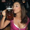 Oktoberfest - Hot girls and beer! - Pictures nr 2