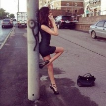 Girls in tight dresses IX - Pictures nr 3