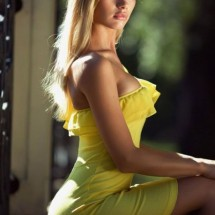 Girls in tight dresses IX - Pictures nr 4