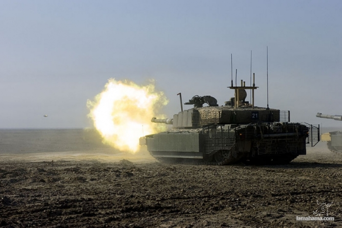 The tanks in action - Pictures nr 1