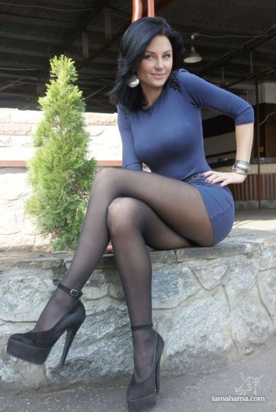 A Skin Tight Dresses - Pictures nr 23