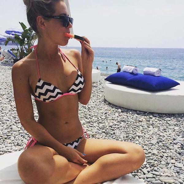 Girls in bikini - Pictures nr 11