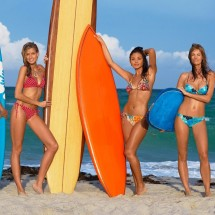 Beautiful girls surfing - Pictures nr 128