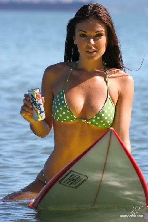 Beautiful girls surfing - Pictures nr 22