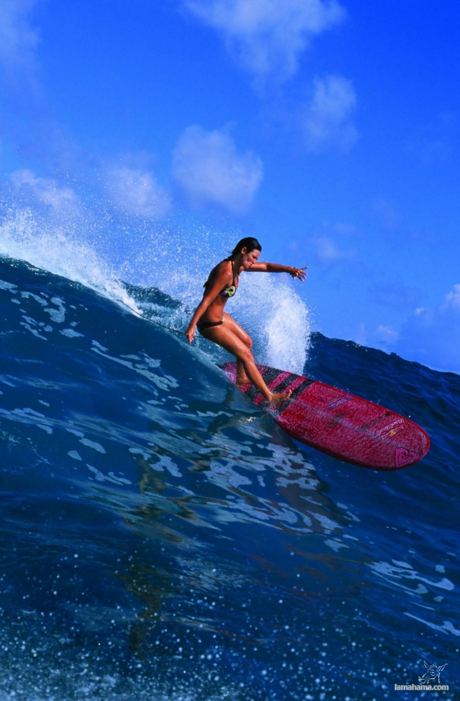 Beautiful girls surfing - Pictures nr 33