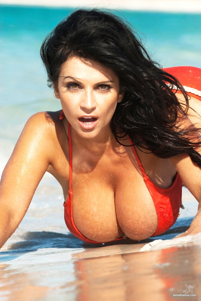 Girls with big tits II - Pictures nr 17