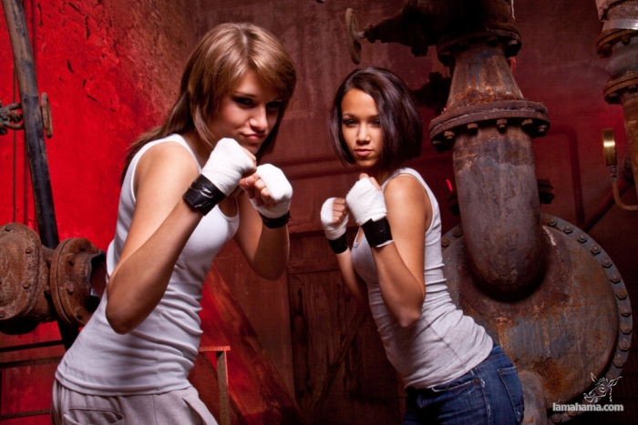 Girls and boxing - Pictures nr 21