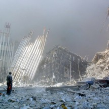 WTC Ground Zero: Before, during and 10 years later - Pictures nr 2