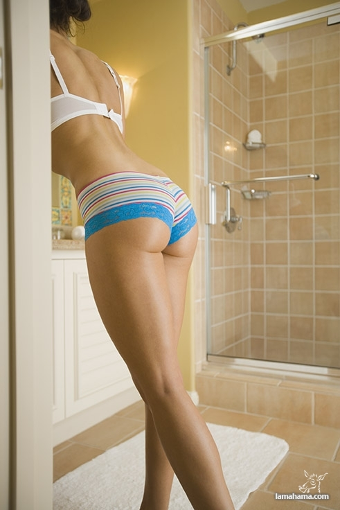 Beautiful female legs - Pictures nr 30