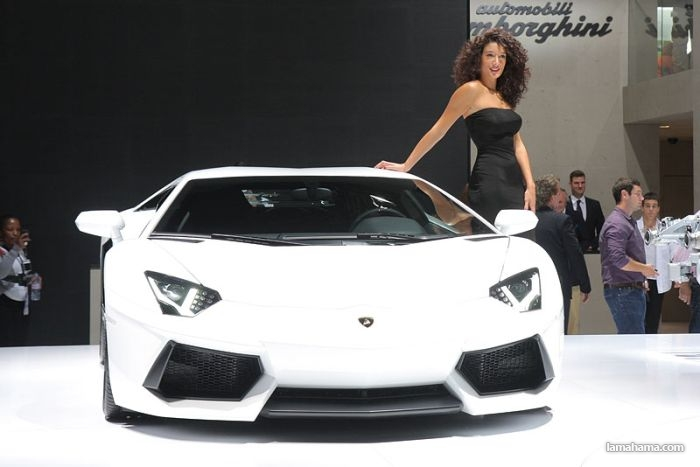 Cars and girls of Frankfurt Auto Show 2011 - Pictures nr 1