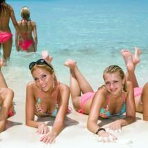 Dziewczyny z plaży na pożegnanie lata - Zdjecie nr 204