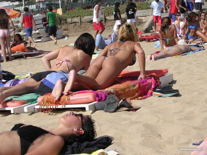 Girls from the beach for farewell summer - Pictures nr 5