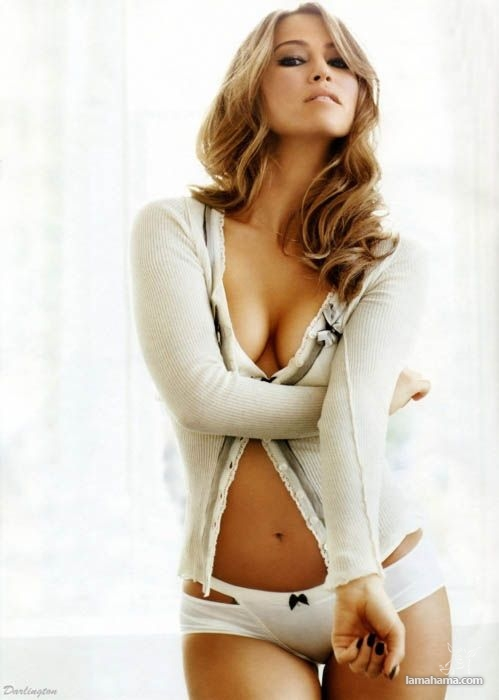 Hot girls wearing sweaters - Pictures nr 52
