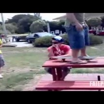 Fail Compilation October 2011 - Pictures nr 238