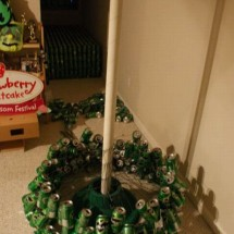 How to make a Christmas tree with beer cans? - Pictures nr 4