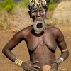 Women from the Mursi tribe - Pictures nr 12