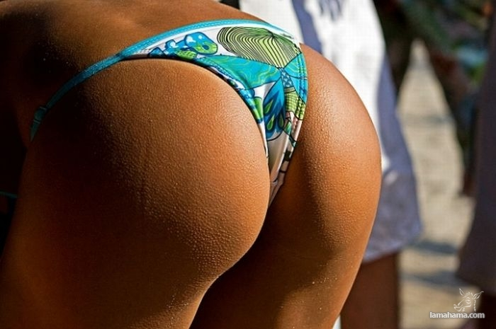 Girls from brazilian beach - Pictures nr 10