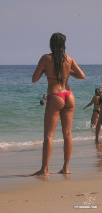 Girls from brazilian beach - Pictures nr 16