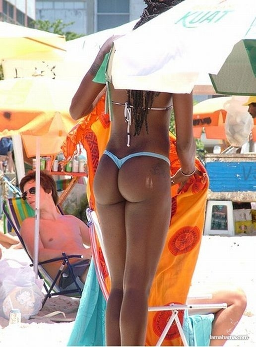 Girls from brazilian beach - Pictures nr 23