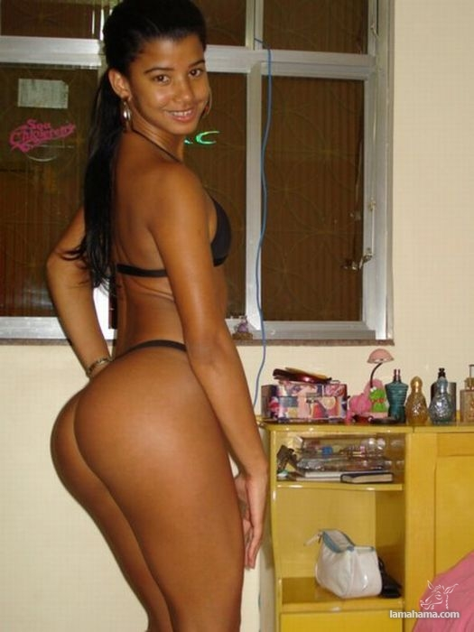 Girls from brazilian beach - Pictures nr 33