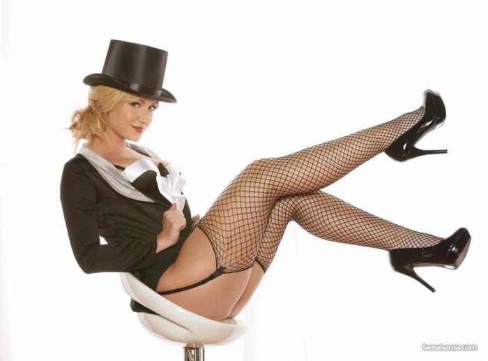1920x1080 женщина, чулки, sexy, блондинка, девушка, фигура фото картинки и