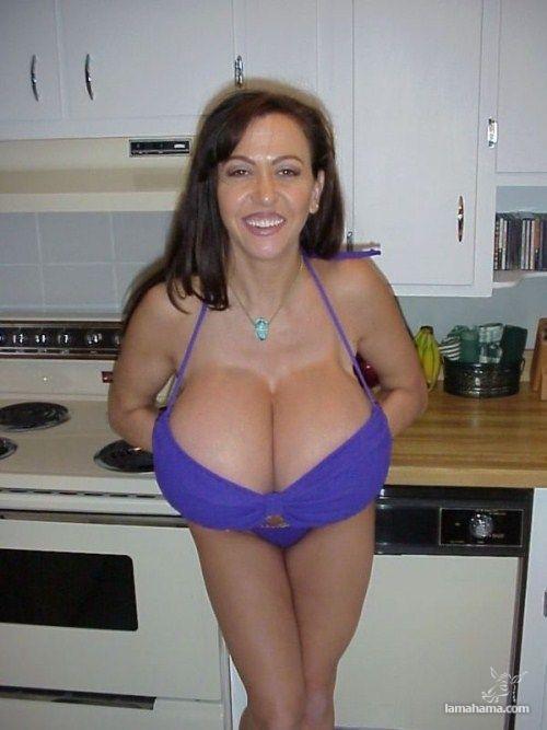 Enormous tits com