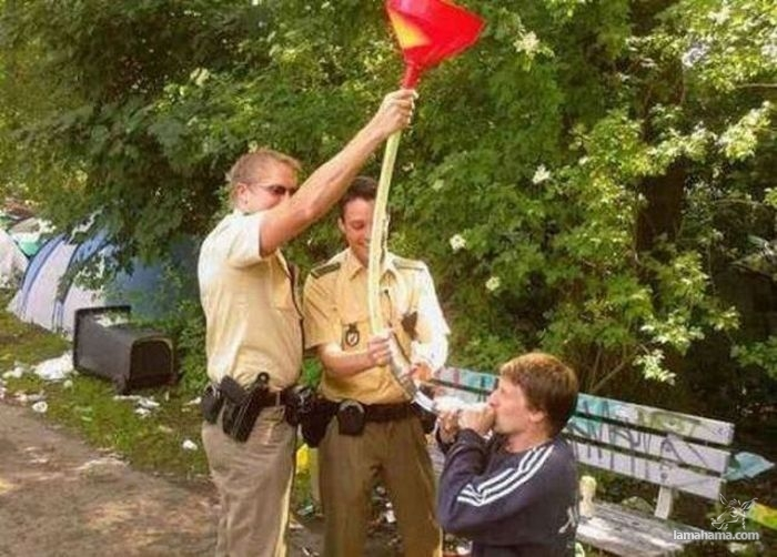 Funny situations involving the cops - Pictures nr 1