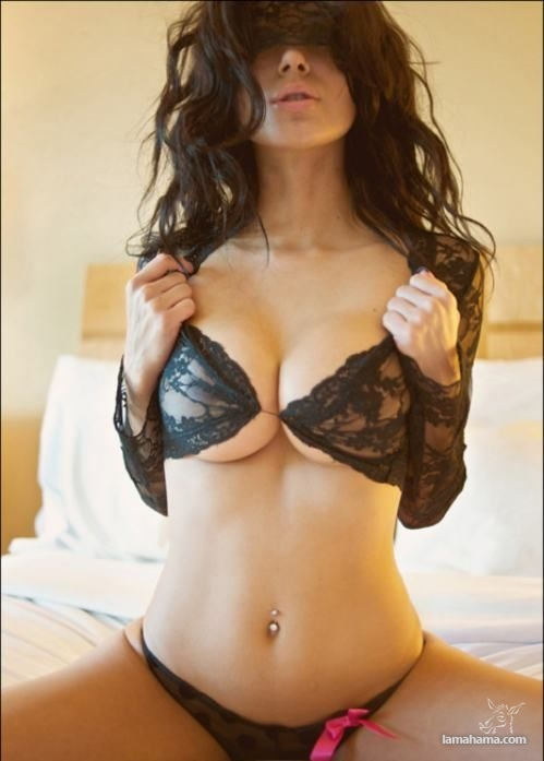 Beautiful girls in bras - Pictures nr 11