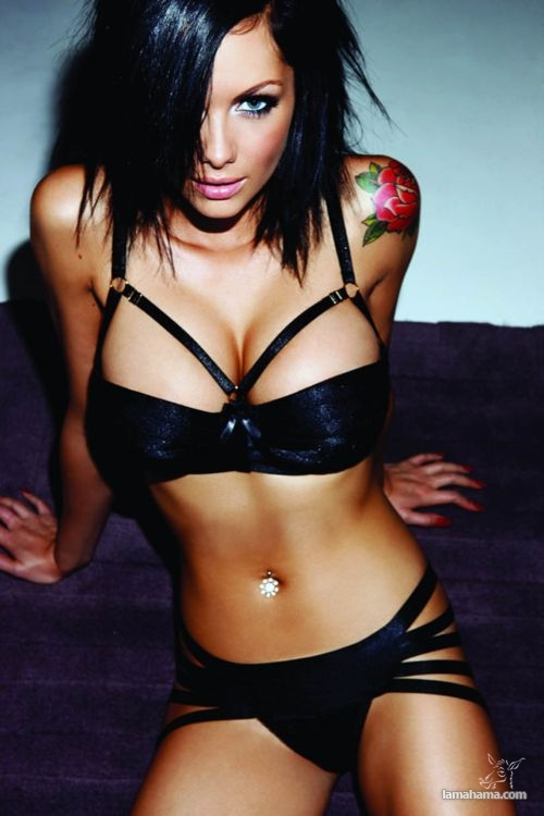 Beautiful girls in bras - Pictures nr 3