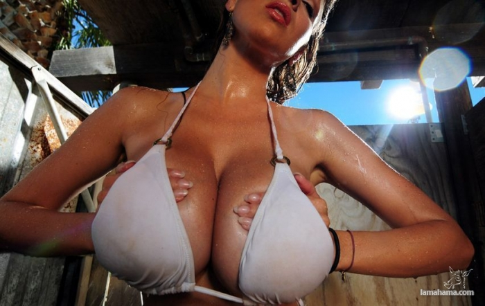 Girls with big tits III - Pictures nr 10