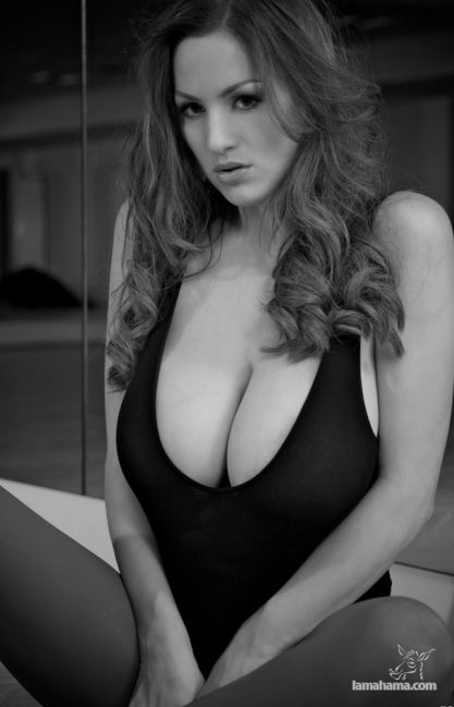 Girls with big tits IV - Pictures nr 18