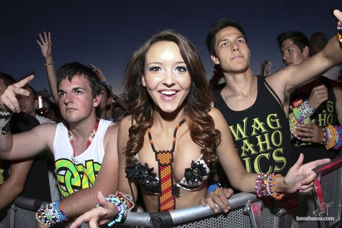Girls from Electric Daisy Carnival 2012 - Pictures nr 1