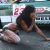 Sexy girls washing cars - Pictures nr 19