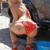 Sexy girls washing cars - Pictures nr 6