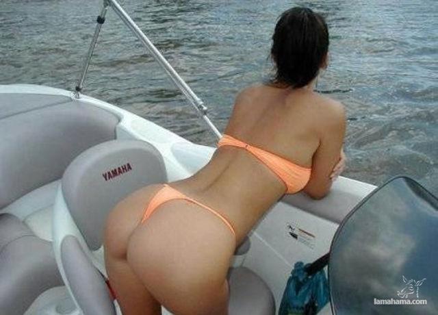 Sexy women huge boobs kissing