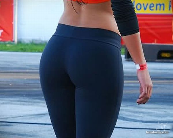 Hot girls in tight leggings - Pictures nr 30