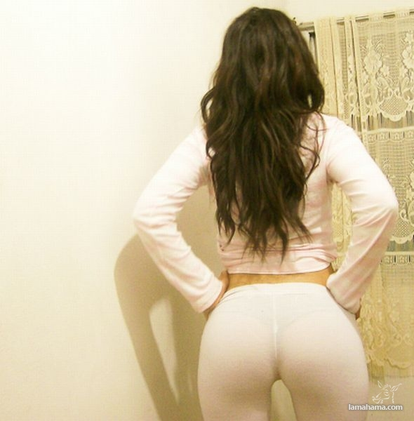 Hot girls in tight leggings - Pictures nr 32
