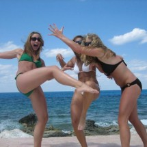 Girls on the beach - Pictures nr 4