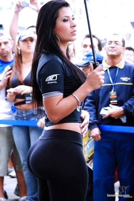 Large, round, woman butts - Pictures nr 17