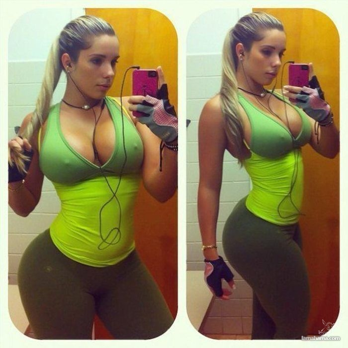 Large, round, woman butts - Pictures nr 3
