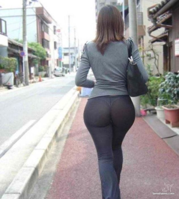 Large, round, woman butts - Pictures nr 39