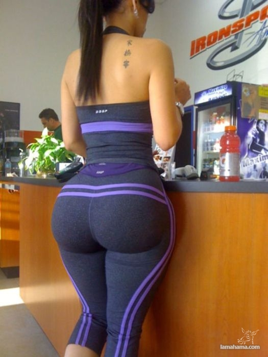 Large, round, woman butts - Pictures nr 51