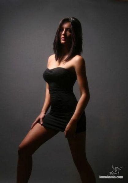 Girls in tight dresses - Pictures nr 38