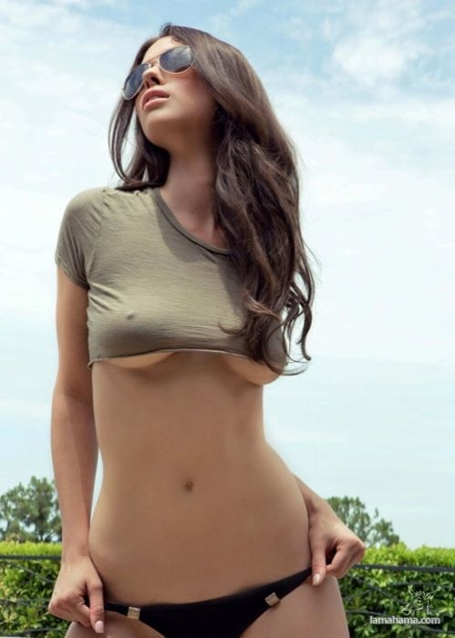 Girls wearing sexy clothes - Pictures nr 6